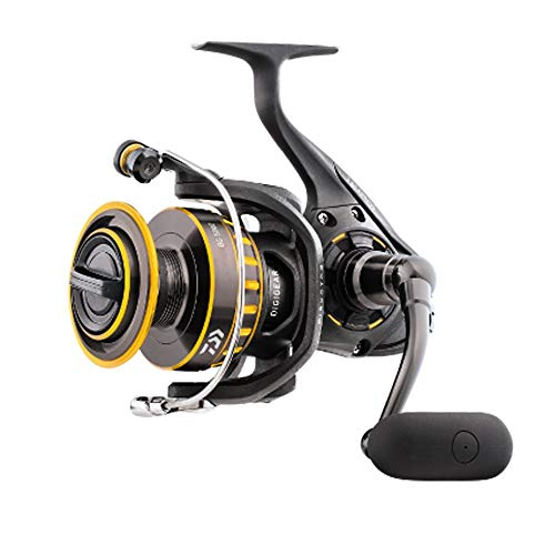 "Daiwa BG3500 BG Saltwater Spinning Reel, 3500, 5.7: 1 Gear Ratio, 6+1 Bearings, 38.50"" Retrieve Rate, 17.60 lb Max Drag"