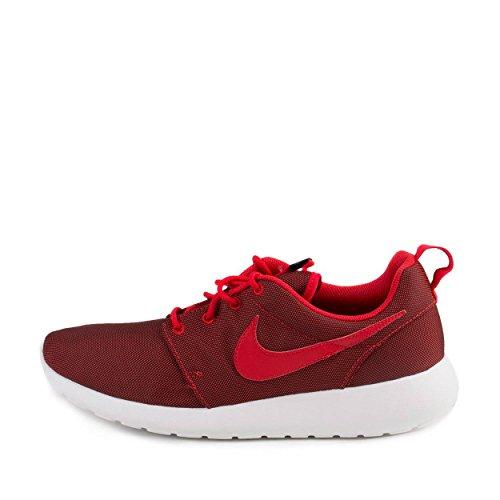 size 40 815f9 fbdae Amazon.com   Nike Mens Roshe One Premium University Red Black Mesh Size 11    Road Running