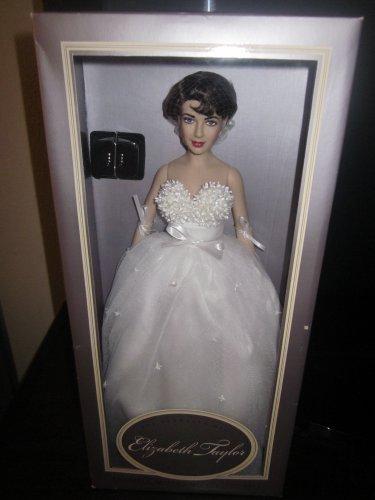 Vintage Franklin Mint Elizabeth Taylor White Wedding Gown ()