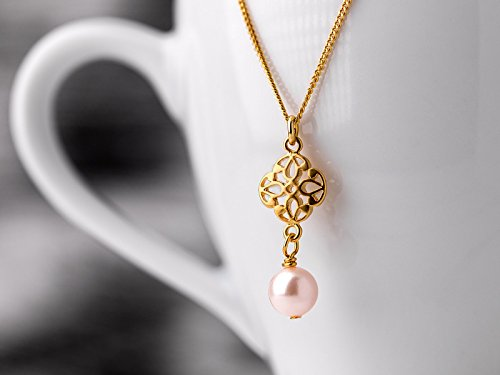 Pearl necklace // Vermeil link chain with oriental element and rose colored pearl