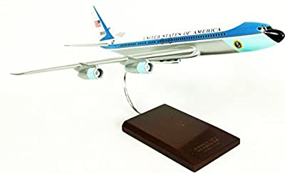 Mastercraft Collection VC-137C Air Force One Model Scale: 1/100
