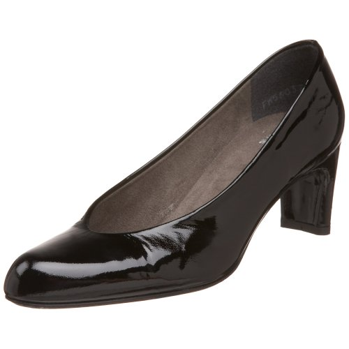 amazon sale online Stuart Weitzman Women's Chicpump Pump Black Soft Patent cheap largest supplier buy cheap amazon footlocker pictures online leKvWDxM