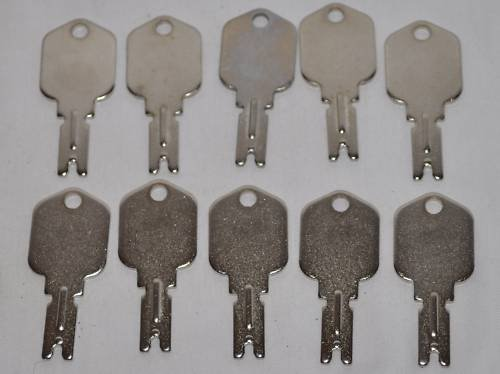 10 Ilco part number 1430 Clark Yale Daewoo Hyster Gradall JLG Forklift Key by Ilco