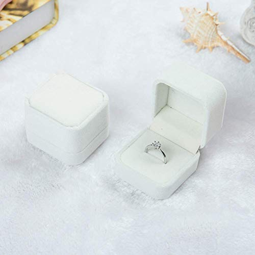 (2 Pack Velvet Ring Boxes, Earring Pendant Jewelry Case, Ring Earrings Gift Boxes, Jewellry Display (Cream, Ring Box) )