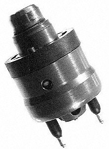 - Standard Motor Products TJ7 Fuel Injector