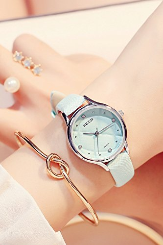 Generic Korean_style sweet_College_of arts,_minimalist_ girls_jacket_with_small_beauty-water_drilling_gold_jelly_ watch women girls students .