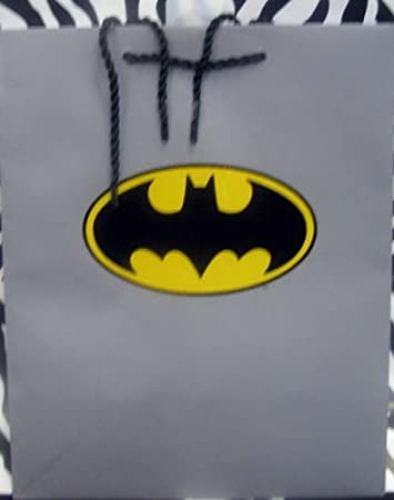 Amazon.com: Hallmark Gift EGG3682 Medium Batman Gift Bag by gift ...