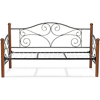 Amazon Com Doral Complete Metal Daybed With Scrolled Spindle Panels