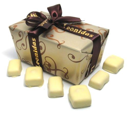 leonidas-belgian-chocolates-1-lb-signature-manon-cafe-manon-blanc-ballotin