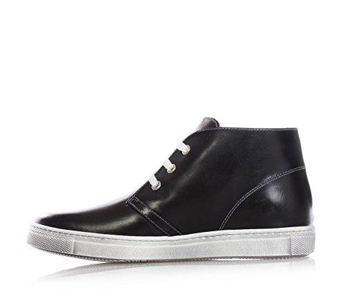 NERO GIARDINI - Schwarze Schuhe mit Schnürsenkel, aus Leder, seitlich ein Gummilogo, weiße used-look Schnürsenkel, Herren, jungen,jungs,kind