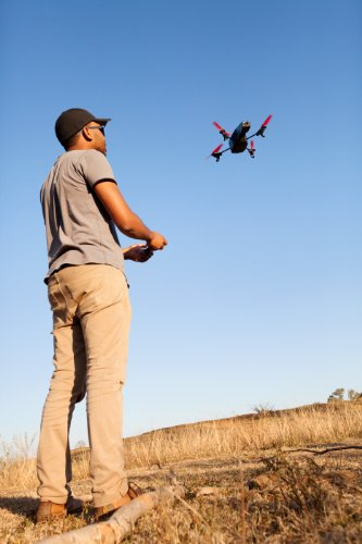 Parrot-ARDrone-20-Power-Edition-Quadricopter-2-HD-Batteries-36-minutes-of-flying-time-Red