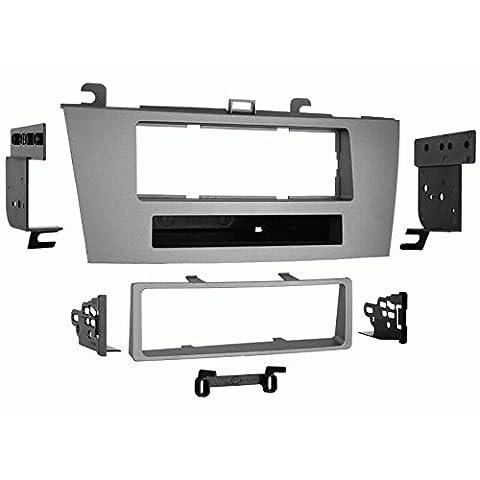 Metra 99-8212S Single DIN Installation Kit for 2004-2005 Toyota Solara (Dash Kit Solara)