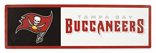 Applied Icon, NFL Tampa Bay Buccaneers Outdoor Step Graphic Decal