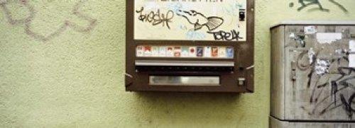 cigarette vending machine for sale only 2 left at 65. Black Bedroom Furniture Sets. Home Design Ideas