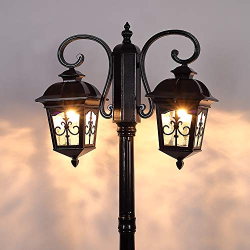 Old Fashioned Outdoor Lamp Post