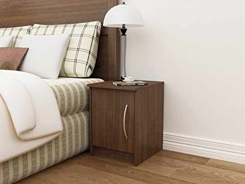 Homestar Finch 1 Door Nightstand, 13.75'' x 15.63'' x 18.63'', Walnut by Home Star