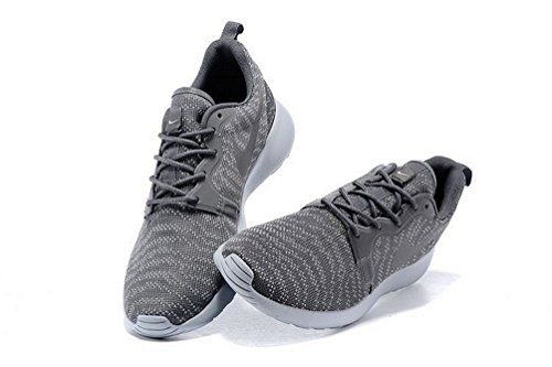 Nike Roshe One KJCRD women (USA 8) (UK 5.5) (EU 39)
