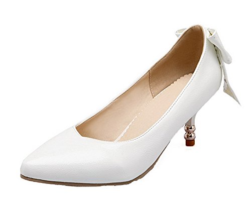 VogueZone009 Women's PU Kitten-Heels Pointed Closed Toe Pull-On Pumps-Shoes White 2I7D03Ugm