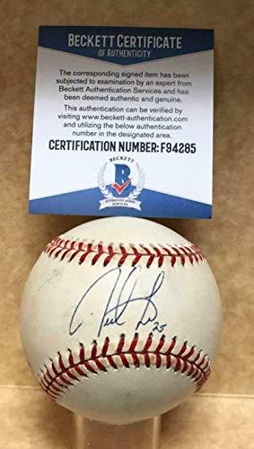 (Derrek Lee Autographed Baseball - Cubs marlins M l Beckett F94285 - Beckett Authentication - Autographed Baseballs)