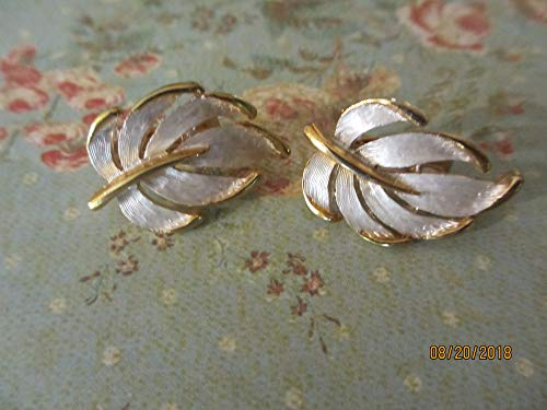 Unique Gold Tone Enamel Vintage Fall Leaf Earrings, Vintage Fall Earrings, Fall Jewelry