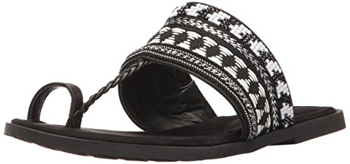 Rocket Dog Women's Adela Smooth Pu/Flare Toe Ring Sandal, Black, 6 M US