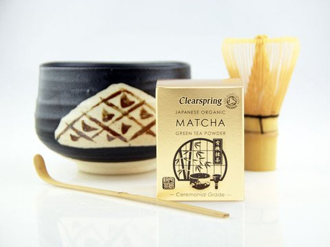 Japanese Matcha Tea Ceremony Set - Ceramic Bowl with Bamboo Whisk and Scoop by Goodwei