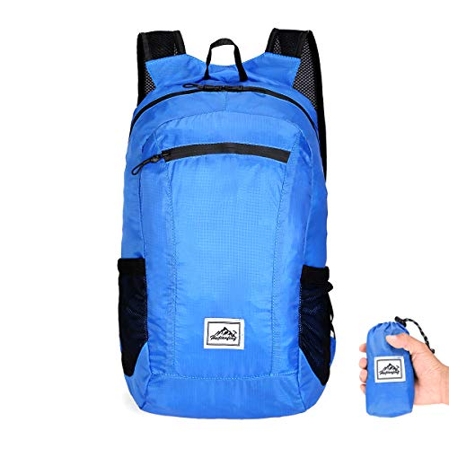 Packable Daypack Travel Hiking Mochila impermeable para mujeres y hombres (15L)