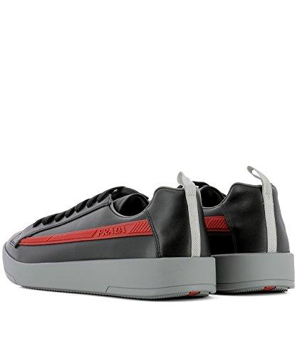 Prada Mens 4e31966dtf0002 Sneakers In Pelle Nera