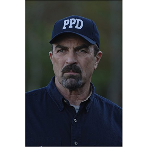 jesse-stone-death-in-paradise-2006-8-inch-x-10-inch-photo-tom-selleck-wearing-dark-blue-shirt-ppd-ca