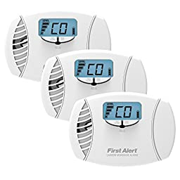 First Alert CO615 Dual Power Carbon Monoxide Plug-In Alarm with Battery Backup and Digital Display (3 Pack)