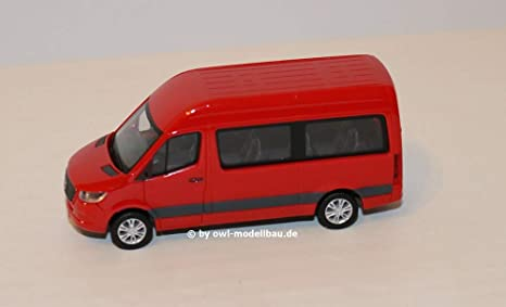 Herpa Mercedes-Benz Sprinter Bus highroof, Red. 1:87