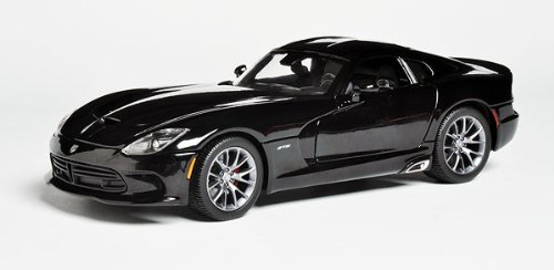 2013-dodge-viper-gts-black-1-18-by-maisto-31128