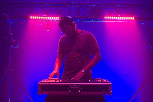 American-DJ-MEGA-BAR-50RGB-RC