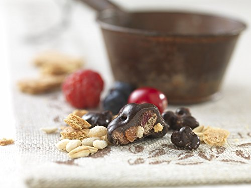 BROOKSIDE Dark Chocolate Crunchy Clusters, Berry Medley, 5 Ounce (Pack of 12) by Brookside (Image #2)