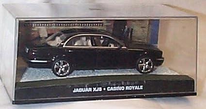 casino royale jaguar xj8