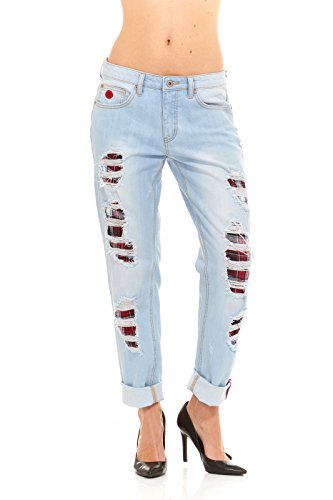 Ripped-destroyed-distressed-denim-boyfriend-jeans-with-plaide-underpatch-by-Red-Jeans