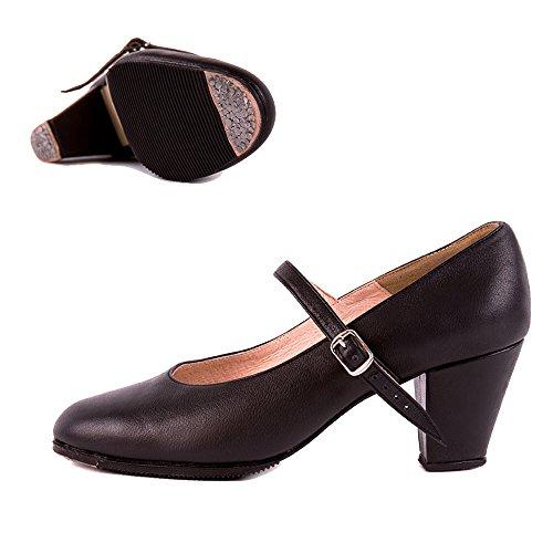 flamenco dancing shoes - 1
