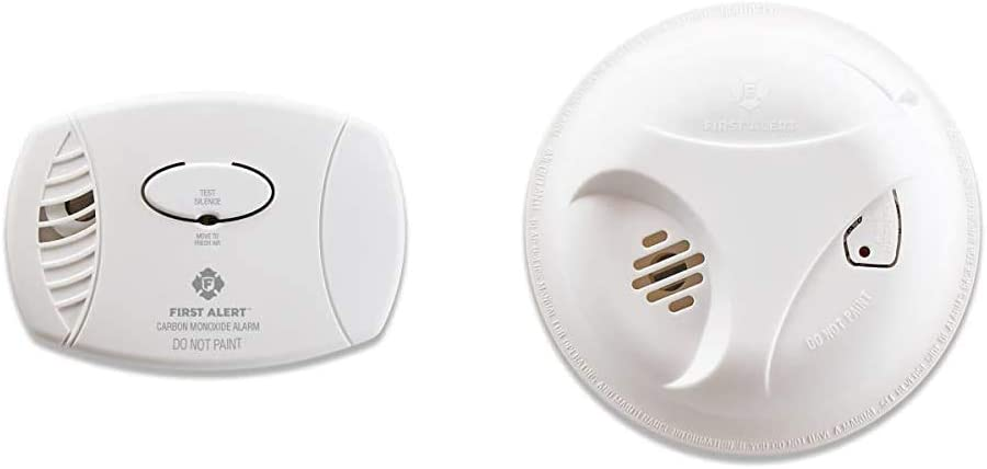 First Alert CO605 Plug-in Battery Backup CO Alarm, 1 Pack, White & Battery Powered Smoke Alarm with Silence Button, SA303CN3