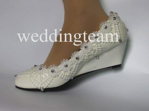 93771966b Amazon.com: New Style White Lace Low Heel Wedding Bridal Kitten Heel  Bridesmaid Shoes: Handmade
