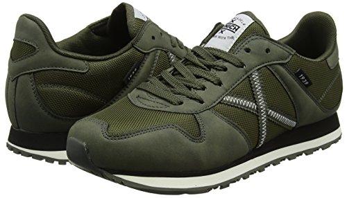 316e2b995ee Munich Men s Massana 216 Low Rise Hiking Boots