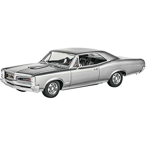 Pontiac Gto Model - 1/25 Scale 1966 Pontiac Gto Model Kit