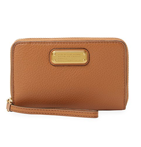 - Marc by Marc Jacobs New Q Wingman Leather Wristlet Wallet, Maple Tan