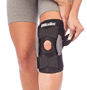 d7b20c5ab8 Image Unavailable. Image not available for. Color: Mueller Sports Medicine Adjustable  Hinged Knee Brace ...