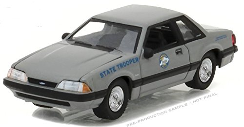 (NEW 1:64 GREENLIGHT HOT PURSUIT SERIES 23 ASSORTMENT - 1991 FORD MUSTANG SSP - KENTUCKY STATE POLICE (GREY) Diecast Model Car By Greenlight)