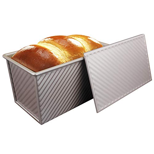 MyLifeUNIT Nonstick Loaf Pan, Aluminized Steel Bread Toast Mold with Cover, 8.7 x 4.7x 4.5 inch,Gold