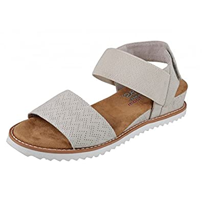 0ceb9b5dd5af Skechers Bobs Desert Kiss Off White Wedge Heel Memory Foam Comfort Sandals   Amazon.co.uk  Shoes   Bags