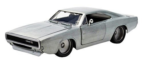 Jada Toys Fast & Furious Diecast '68 Dodge Charger R/T Vehicle (1: 24 Scale) ()