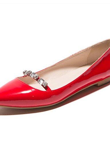 ZQ YYZ Zapatos de mujer - Tac¨®n Plano - Puntiagudos - Planos - Boda / Casual / Fiesta y Noche - Cuero Patentado -Negro / Rojo / Plata / Beige / , red-us5 / eu35 / uk3 / cn34 , red-us5 / eu35 / uk3 / almond-us8.5 / eu39 / uk6.5 / cn40