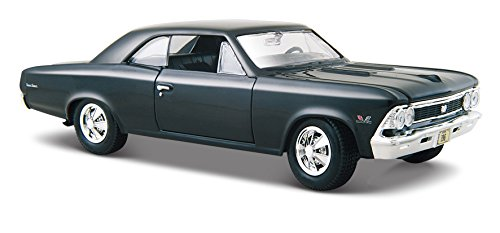 Maisto 1:24 Scale 1966 Chevy Chevelle SS 396  Diecast Vehicle (Colors May - Diecast Car Diecast Replica
