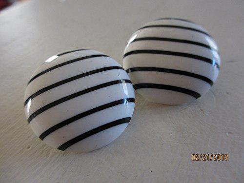 Sale Cute Black White Retro Earrings, Vintage Retro Earrings, Retro 80's earrings - Enamel Earrings Signed
